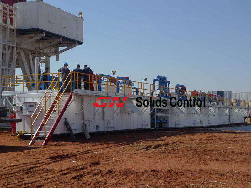 Decanter Centrifuge in Drilling Mud Solids Control System 1